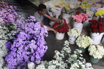 Permintaan Rangkaian Bunga Sepi