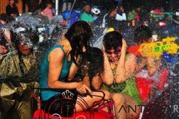 Festival Perang Air daya tarik wisatawan mancanegara