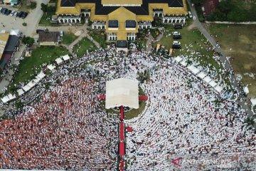 Ribuan umat muslim menghadiri peringatan Isra Mi'raj di Medan