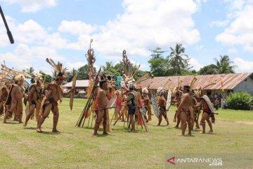 Pesta Adat Suku Dayak Kayan