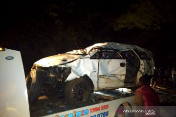 Mobil masuk jurang di Batang Agam, dua korban masih hilang