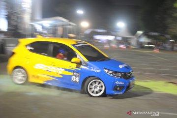 Kompetisi slalom Honda Brio