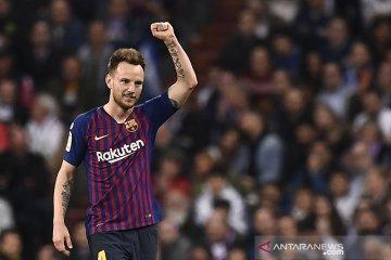 Rakitic galau, waktu bermain di Barcelona minim musim ini