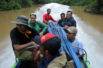 Wisata susur sungai di Tanjabtim