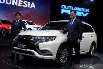 Mitsubishi targetkan lima unit Outlander PHEV terjual di GIIAS 2019