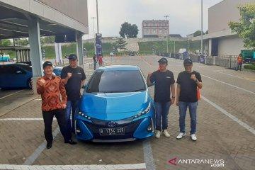 Menjajal mobil listrik besutan Toyota Global