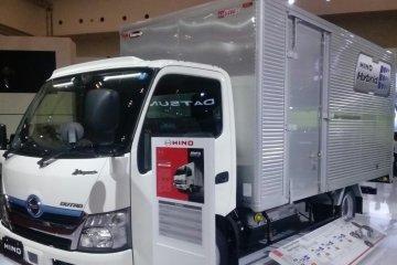 Penjualan Hino naik di GIIAS 2019
