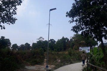 Tiang lampu solar cell ciptaan mahasiswa Universitas Pancasila
