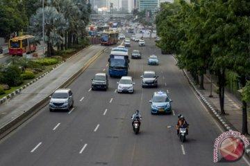 Anies larang mobil tua, Pengamat: Kalau parsial malah jadi masalah