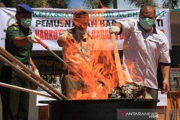 Pemusnahan barang bukti tindak kejahatan di Aceh Barat