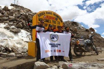 Kisah Darius, Donna Agnesia tuntaskan misi bermotor ke Himalaya