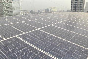 Menghemat biaya listrik dengan energi surya