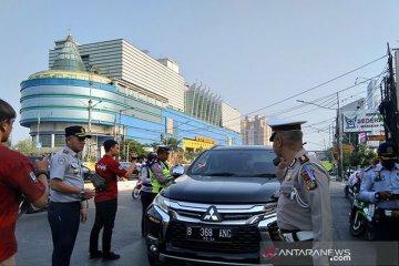 Perluasan ganjil genap, puluhan kendaraan terjaring razia petugas