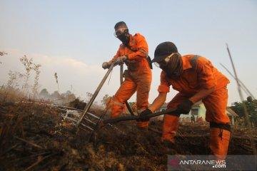 Satgas Karhutla Padamkan Api di Kawasan Syamsudin Noor