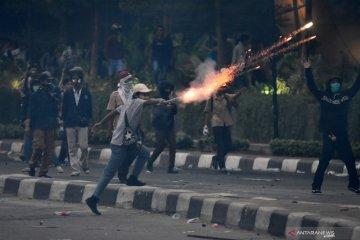 Demonstrasi pelajar di Jakarta ricuh