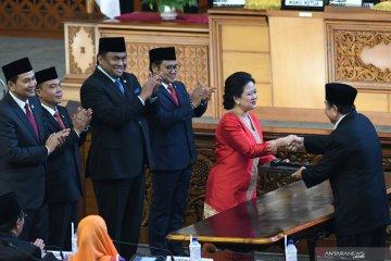 Puan  Maharani, perempuan pertama pimpin DPR
