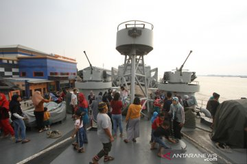 Open Ship KRI Teluk Ende