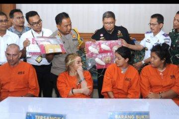 Bea Cukai Ngurah Rai tangkap WNA bawa narkoba