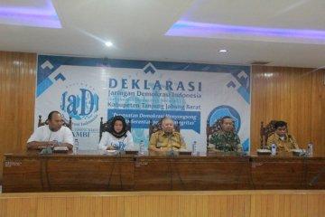 Bupati Safrial harapkan mantan komisioner KPU-Bawaslu edukasi politik warga