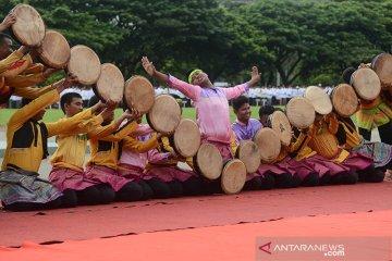 Rapai geleng meriahkan Hari Santri di Aceh