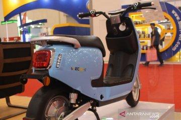 Adira Finance siapkan pembiayaan sepeda motor listrik