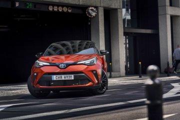 """Toyota C-HR """"facelift"""" di Inggris tawarkan edisi terbatas warna oranye"""