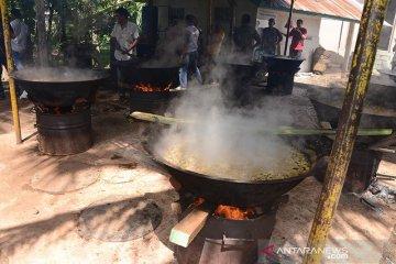 Tradisi memasak kuah beulangong tradisi Maulid