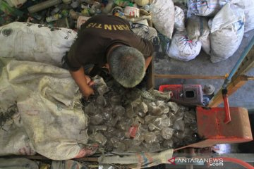 Pengolahan sampah daur ulang