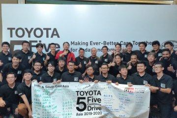 "Toyota akhiri 1.000 km ""5 Continents Drive Asia 2019-2020"" di Surabaya"