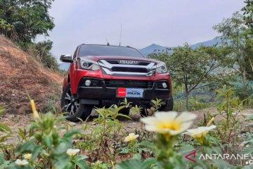 Isuzu MU-X i-series siap gaet pasar kendaraan penumpang tanah air