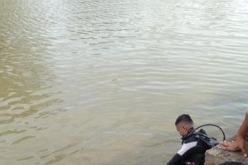 Basarnas temukan dua pelajar Jambi tewas tenggelam di kolam penampungan