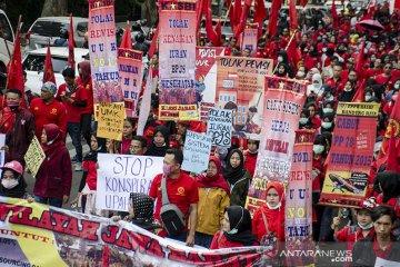 Aksi Unjuk Rasa Buruh Jabar