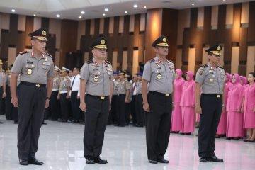 Upacara kenaikan pangkat 37 perwira tinggi Polri