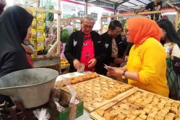 BI Cirebon edukasi pedagang di Kuningan melalui