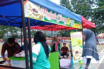 Cireng jajanan khas Sunda laris manis di Bukittinggi