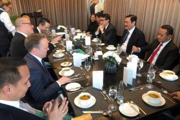 Luhut undang BMW buka pabrik mobil listrik di Indonesia