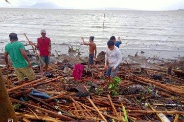 Korban tewas akibat topan di Filipina 10 orang