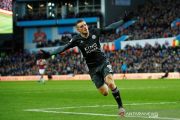 Leicester rengkuh kemenangan delapan kali beruntun usai hantam Aston Villa