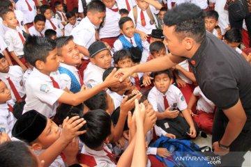 Staf Khusus Presiden kunjungi sekolah