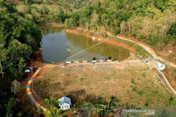 Dibangun dengan dana desa, Objek wisata Embung Dumati yang memikat
