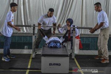 Angkat berat disabilitas