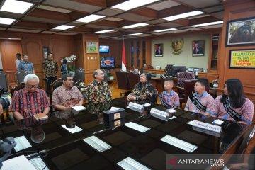 Tiga pelajar dari Bogor dapat hadiah jadi Menteri Cilik sehari