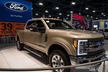 Sabuk pengaman timbulkan percikan api, Ford tarik 500 ribu Super Duty