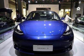 Tesla mulai kirim Model 3 yang dibangun di China
