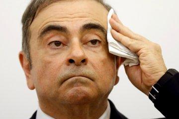 Pengacara Ghosn di Jepang mundur setelah bos Nissan itu buron