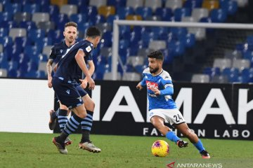 Napoli menaklukkan Lazio dari Coppa Italia lewat laga dramatis