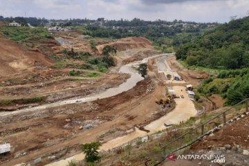 Pembangunan Bendungan Ciawi sempat terhambat dalam pembebasan lahan