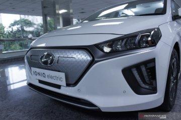 Hyundai umumkan harga mobil listrik Ioniq, inden tiga bulan