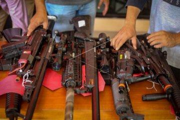 Pengungkapan kasus senjata api ilegal