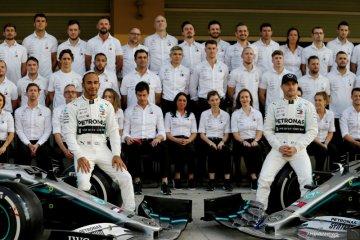 Bos Daimler bantah spekulasi Mercedes hengkang dari F1